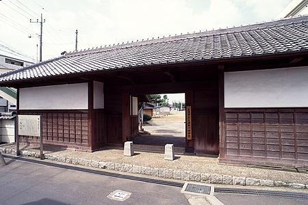 郁文館正門01